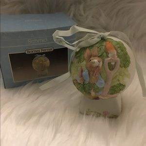 Schmid Beatrix Potter Peter Rabbit Egg & Pedestal